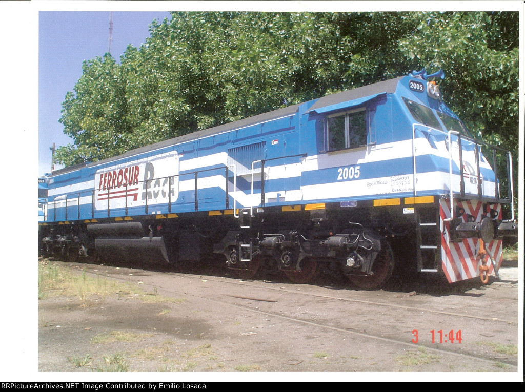 NRE E2300 Locomotive