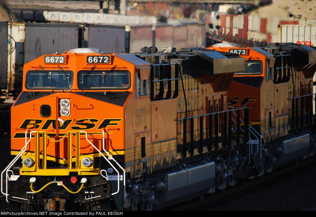 Close Up shot of Two Very Brand New ES44C4's (BNSF 6672 and BNSF 6673) as Rear DPU's as they head east with a Z-Train.
