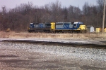CSX GP40-2 6130 and CSX C40-8 7519 await the calll of duty
