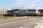 CSX 8595 on 609