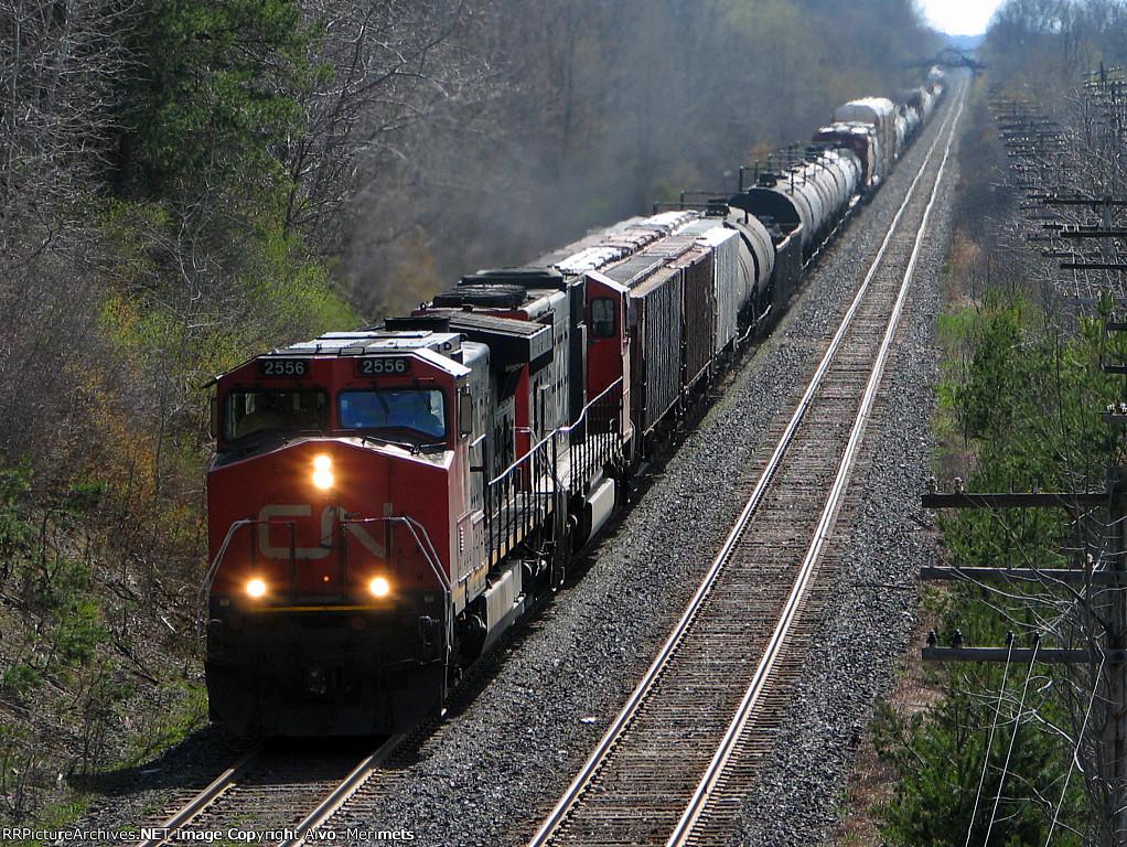 CN 2556 east at Mile 5.8 Strathroy Sub.