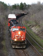 CN 5667 west at Mile 5.8 Strathroy Sub.