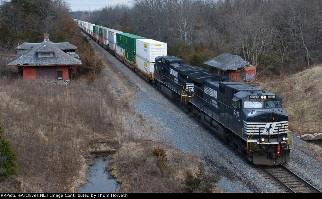 NS detour reroutes continue as NS 24K heads west on the TL @ 2:10