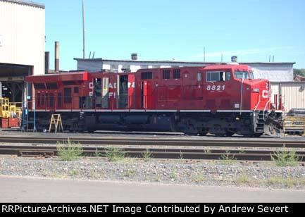 CP ES44AC 8821