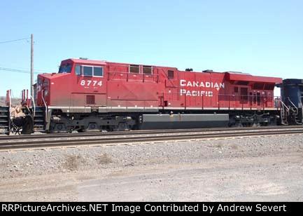 CP ES44AC 8774