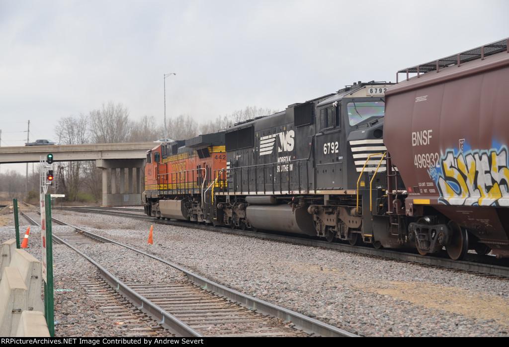 NS SD60M #6792