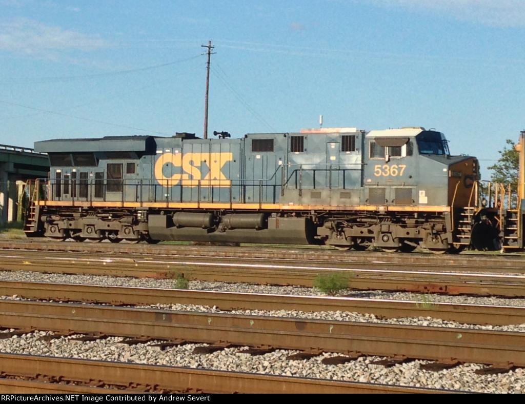 CSX ES44DC #5367
