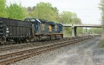 CSX 8317 & CSX 5540 lead Q471 @ CP-SK while an unknown s/b (I missed symbol) waits on at Selkirk, NY