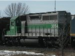 SD40-2 Trailing