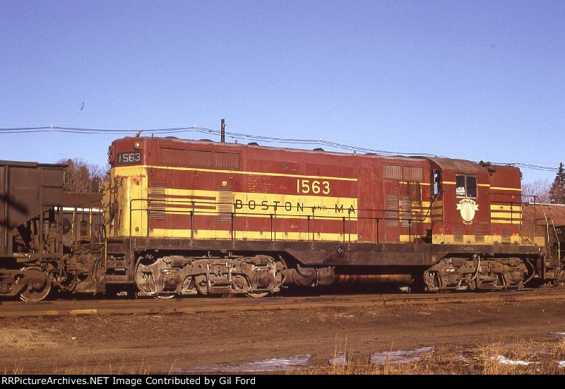 B&M 1563(GP-7)