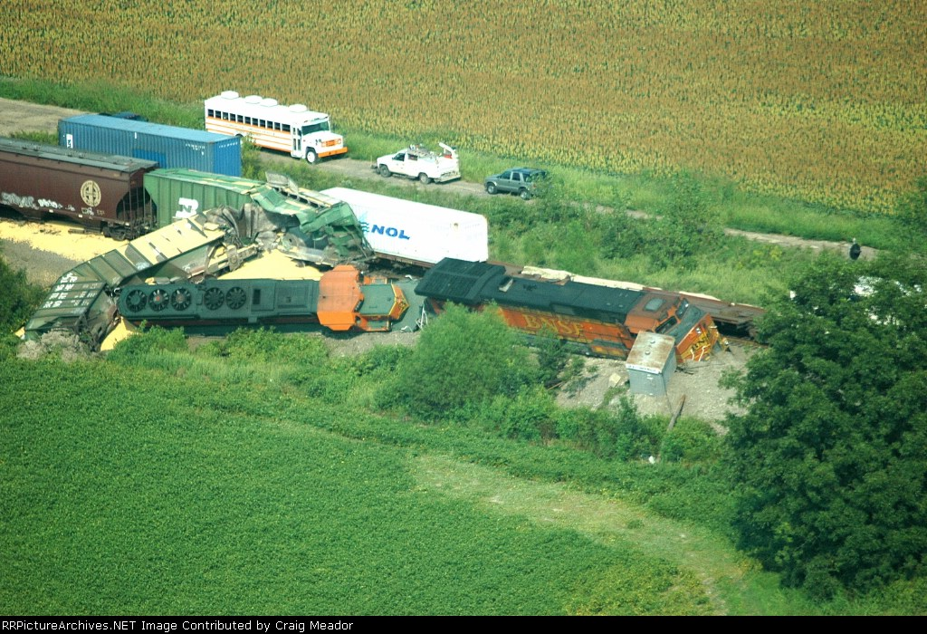 BNSF Derailment on the Chester Sub At Mesler