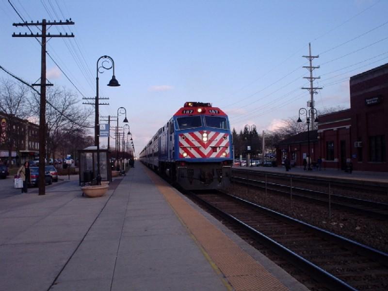 F40PHM-2 187 at Main Street Station