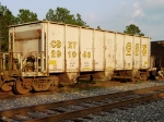 CSXT 291948, with a total loaded capacity weight of 143 tons,