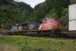 CN 5768 on the BNSF