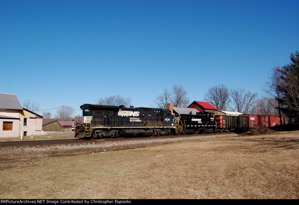 NS B32-8 3539 & NS SW1500 2229