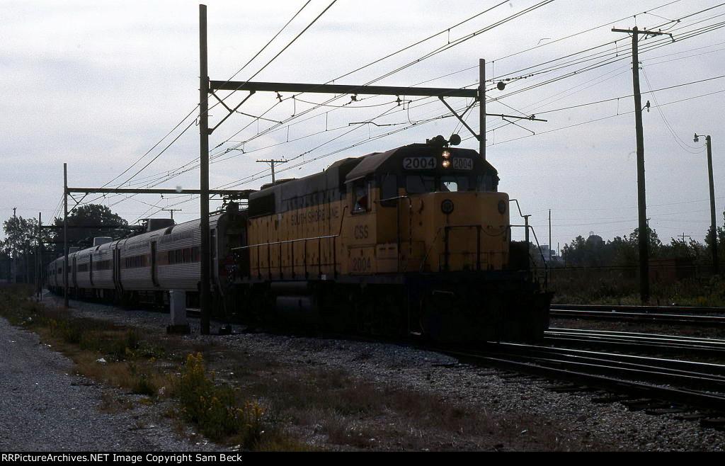CSS 2004 Hauling Passengers Through the Derailment Site
