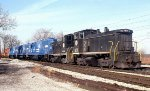 IHB 9211 and 9208 Eastbound with New Conrail SD50s