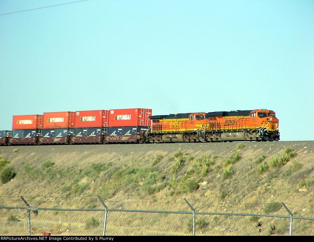 BNSF 7213 and BNSF 4960