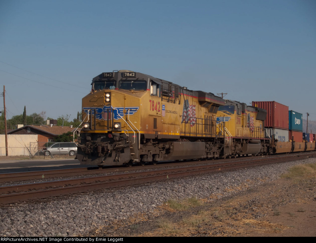 UP 7842 leads an EB doublestack at 7:59am