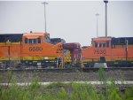 BNSF ES44DC 7530 & BNSF ES44C4 6680