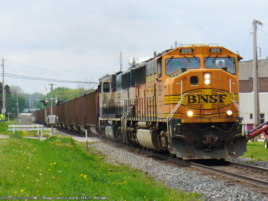 BNSF 8891