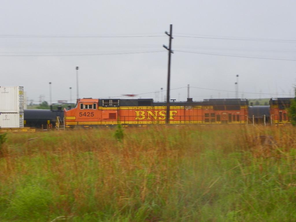 BNSF C44-9W 5425