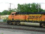 BNSF ES44DC 7549