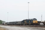CSX 9992 cruised into Barr yard for deep-dish pizza