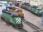 Typical four-axle motive power line up including first-timer here BNSF GP50 3141