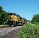 UP 8652 westbound UP empty grain train