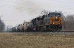 CSX 5234 leads SB freight