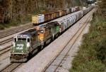 Ex-BNSF 6807 Leads K928