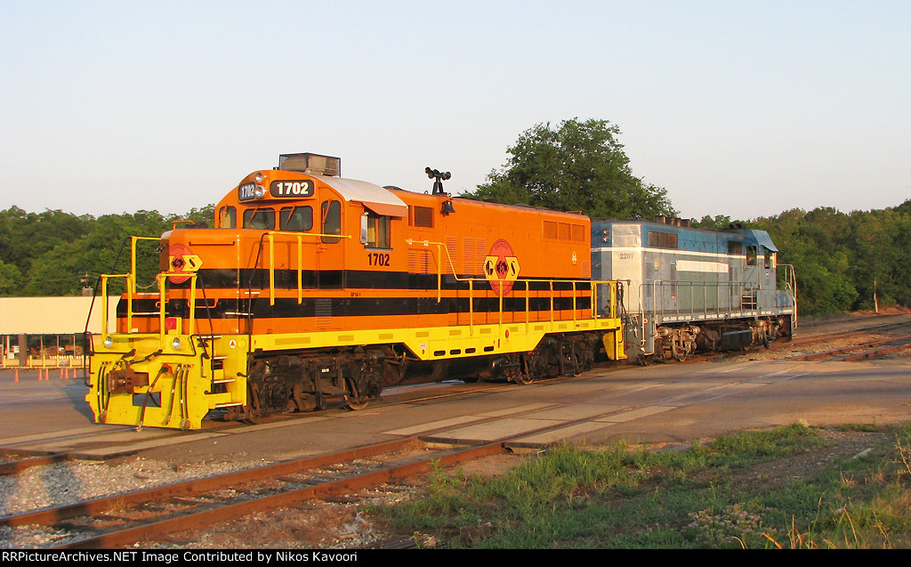 GSWR 1702 in the first lights of day