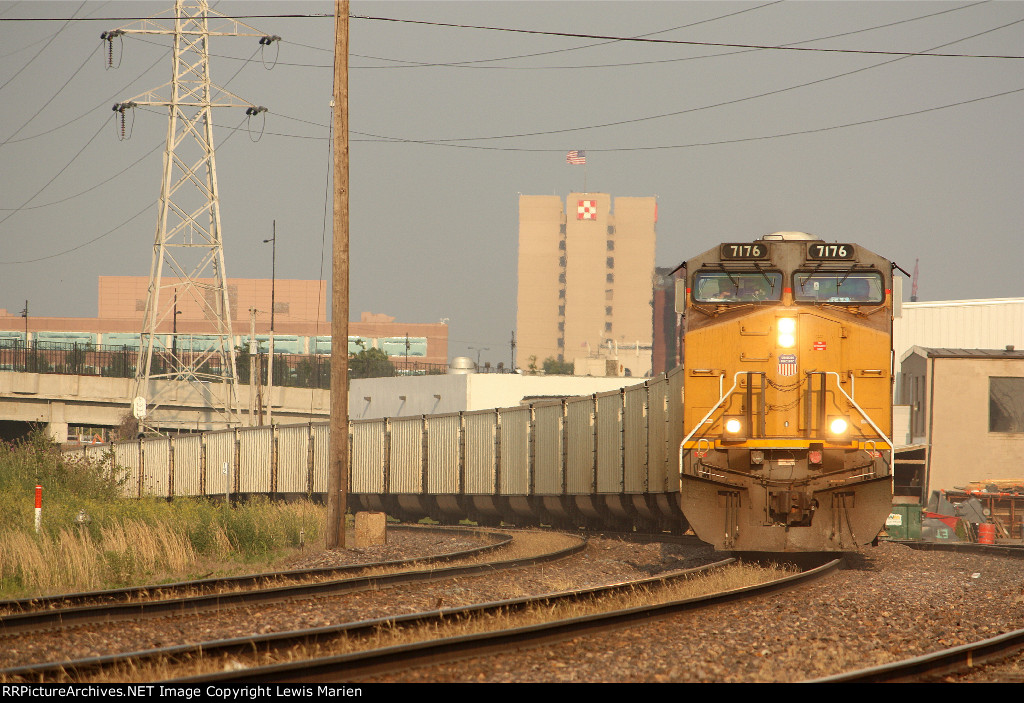 UP 7176, westbound empty coal train