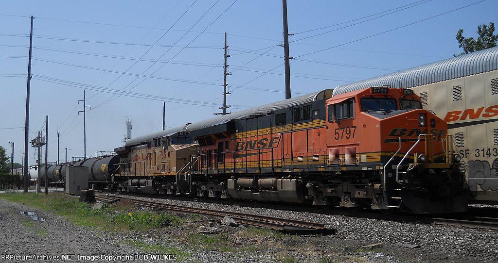 BNSF 5797