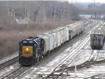 CSX 6463 & 2270 wait to continue south with Q559-26