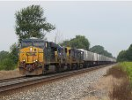CSX 5226 charges east leading Q010-23