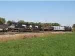 NS 9201 & 6692 sit in the yard with 197 as EOT issues are resolved