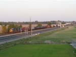 CSX 5287 & HLCX 7181 cruise west with Q365-07