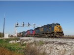 CSX 4568 leads four more EMD's east with Q394