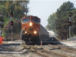BNSF 1086 rolls into town leading G344
