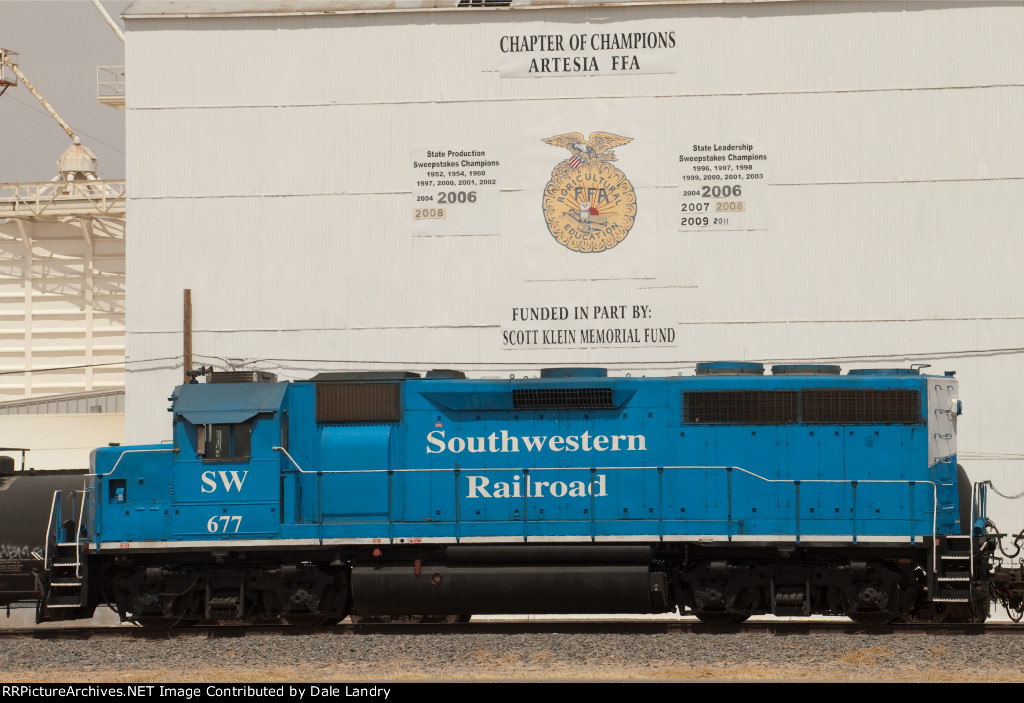 Southwestern Railroad in Artesia, NM SW 677