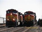 BNSF C44-9W 4902 & BNSF C44-9W 4809