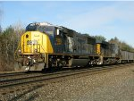CSXT EMD SD70MAC 4565 & GE ES40DC 5345