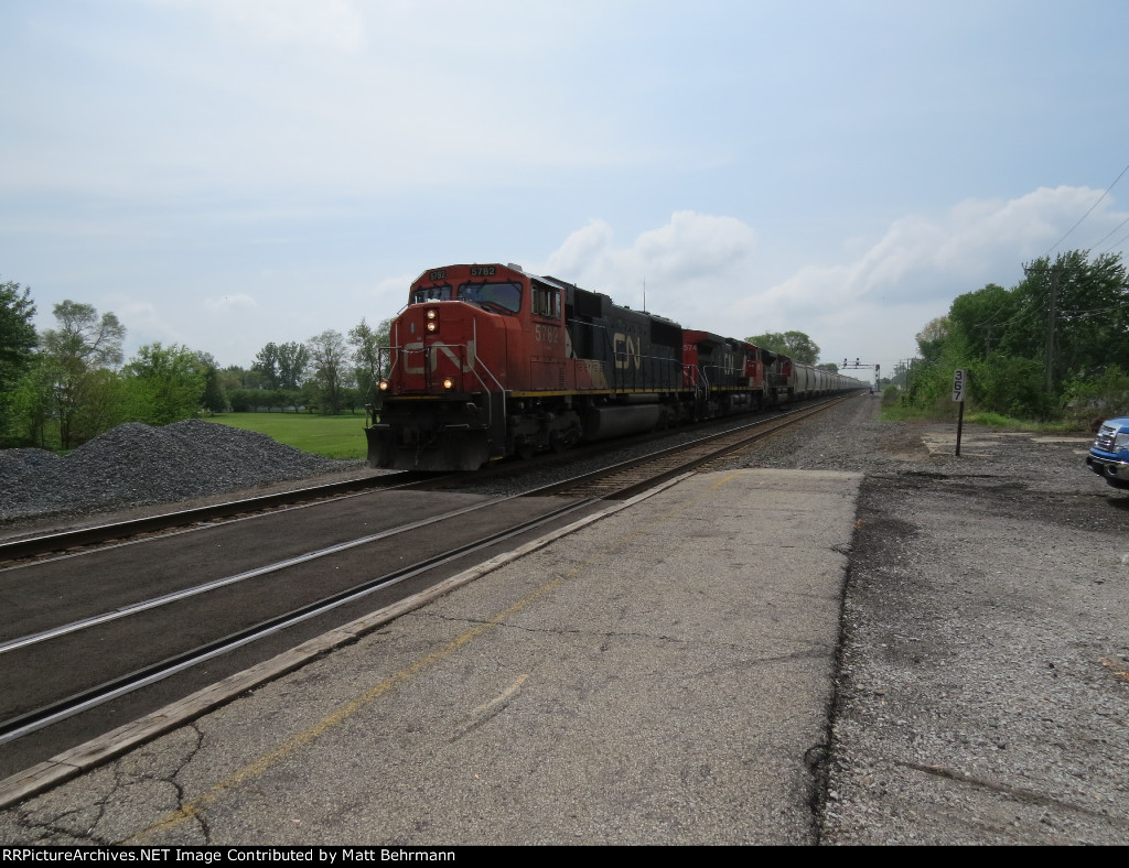 CN 5782