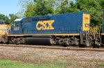 CSX 2352 on Q601