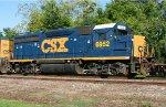 CSX 6952 on Q601