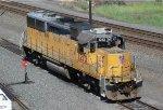 UP GP39-2 1213