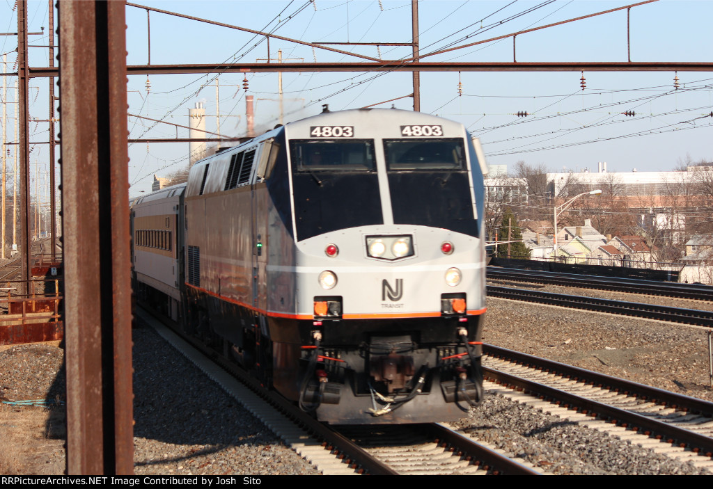 NJT 4803 Passing Through Rahway Station