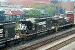 NS SD40-2 3325